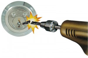 Cylindre extérieur blindé pour serrures à appliquer.