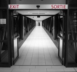 Le bouton intérieur sur la serrure de la porte d'entrée fournit à tout voleur éventuel une issue bien commode (photo de flickr/C.P.Storm).