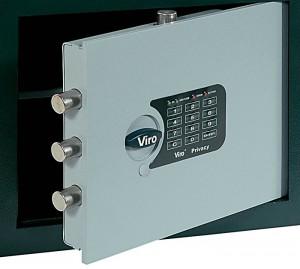 La serrure à combinaison électronique allie la commodité de ne pas devoir cacher la clé avec la sécurité fournie par le très grand nombre de combinaisons possibles.