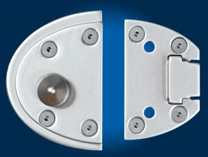 Le système de fixation de « Viro Van Lock » utilise 10 points d'ancrage entre vis et rivets pour empêcher l'arrachement.