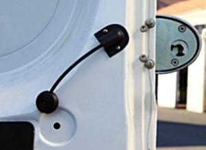 Le déblocage intérieur de sécurité de « Viro Van Lock » ne peut pas être saisi de l'extérieur.