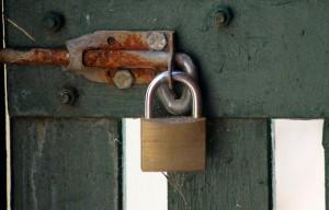 Un exemple de point de fixation plus faible que le cadenas (photo : flickr/Paul).