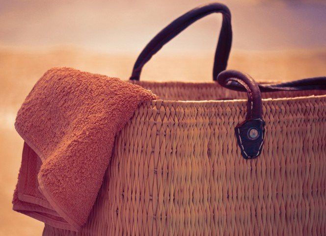 beach-bag-and-towel-664x481