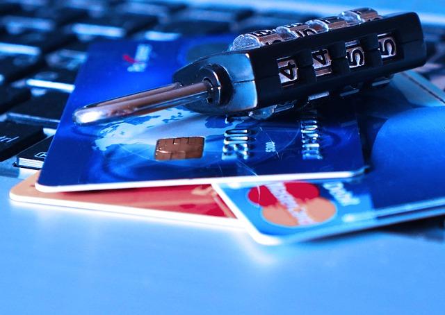 Padlock Charge Card Bank Card Credit Card Theft